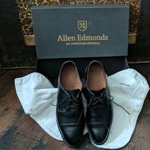 Allen Edmonds Black Oxford Men's Shoe